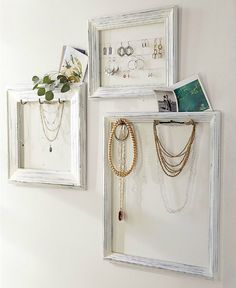 DIY: Jewelry Display Frames - Pottery Barn Knockoff - using old frames, cup hooks, paint & cording, she turned unused frames into something she could display & organize her jewelry. Ikea Inspiration, Do It Yourself Inspiration, Style Inspiration, Jewelry Frames, Jewelry Wall, Jewlery, Jewellery Storage, Jewelry Organization, Diy Jewellery