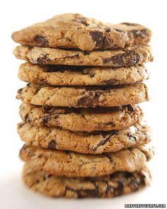 Banana, chocolate chip and walnut cookie recipe