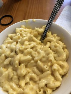 Homemade Mac and Cheese! Mac And Cheese Homemade, Macaroni And Cheese, Banana Sheet Cakes, Sweet And Spicy Shrimp, Dinner Ideas, Dinner Recipes, Cheese Food, Cafe Food, Food Cravings
