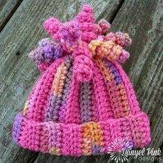 How cute is this??? Fall is in the air already here; so time to get ready. Baby to adult sizes. Danyel Pink Designs: FREE CROCHET PATTERN - Delaney Hat