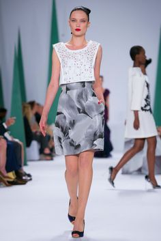 A look from the Carolina Herrera Spring 2015 RTW collection.