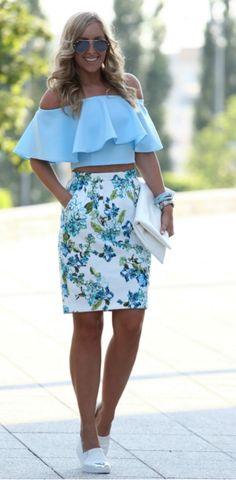 Blue Mood RUFFLE TOP - NANA'S, / FLORAL SKIRT - F&F, / CLUTCH BAG - CHOIES, / SLIPONS - STRADIVARIUS Style and Blog
