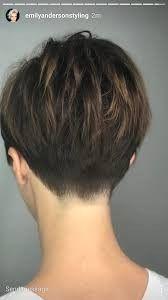 Layered-Hair-Back-View Best Short Haircuts for frisuren frauen frisuren männer hair hair styles hair women Short Hair Cuts For Women, Short Hairstyles For Women, Bob Hairstyles, Short Cuts, Teenage Hairstyles, Short Layers, Spring Hairstyles, Trendy Hairstyles, Short Pixie Haircuts