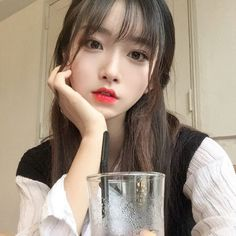 Imagem de girl, ulzzang, and asian Cute Asian Girls, Beautiful Asian Girls, Cute Girls, Ulzzang Korean Girl, Uzzlang Girl, Hair Reference, Asia Girl, Girl Korea, Kawaii Girl