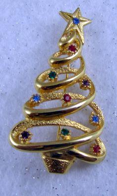JJ Christmas Tree Rhinestone Pin Signed Designer Brooch Xmas Vintage Goldtone | eBay
