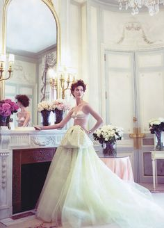 Karlie Kloss in this beautiful editorial is from Vogue US oct 09. Photographed by Arthur Elgort.