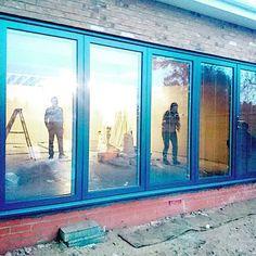 Doors in, looking fab! Well done team PDUK! 🏡 #panoramicdoors #UK #foldingdoors #bifold #doorsofinstagram #curbppeal #luxuryliving #renovations #homeimprovements #remodel #aluminum #vinyl #doors #outdoorliving #construction #madeintheuk🇬🇧 #custombuilt #blinds #shutters #integralblinds #production #manufacturing #UK #installers #contractors #designers #dreamhomes #customdoors #teampduk #custombuilt #interiordesign Doors, Wells, Outdoor Living, Photo And Video, Glass, Painting, Instagram, Art, Art Background