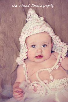 Pixie crochet baby hat...soo cute! Perfect for the 3 month age that's hard to pose.