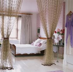 Sweet+and+romantic+bedroom+ideas+with+purple+themes