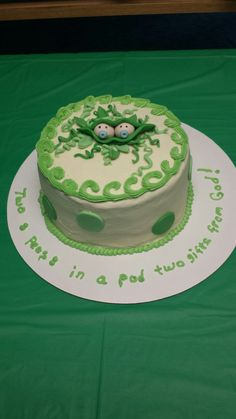Two peas in a pod cake