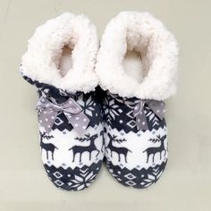 ed48ad92b Suihyung Hot Women Winter Warm Home Slipper Indoor Shoes Reindeer Design  Thermal Cotton padded Shoes Bedroom Floor Slippers Bota-in Slippers from  Shoes on ...