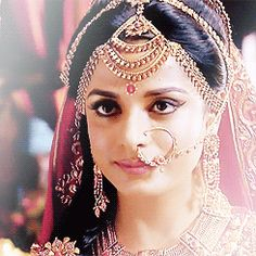 Time for Me to Work a Little Magic Lord Krishna Images, Radha Krishna Pictures, Beautiful Girl Indian, Beautiful Bride, Middle Eastern Makeup, Earth Drawings, Mahakal Shiva, The Mahabharata, Pooja Sharma