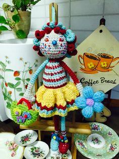 Amigurumi Doll, Dolls, Christmas Ornaments, Country, Holiday Decor, Crochet, Baby Dolls, Tricot, Rural Area