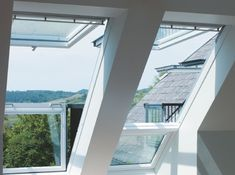It's now possible to transform a skylight into a small balcony by simply opening its frame. Danish window company Velux has designed Cabrio, a do Skylight Window, Balcony Window, Attic Window, Roof Window, Roof Balcony, Balcony Garden, Attic Office, Attic Loft, Attic Library