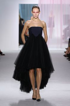 Dior Spring Summer 2013 Ready-to-Wear – Look 45: Navy blue wool and black tulle pleated bustier dress. Discover more on www.dior.com #Dior#PFW