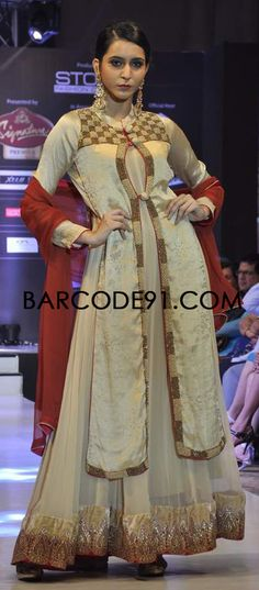http://www.barcode91.com/ Gulnaz Amin's colorful collection at Signature Premier Pune Style Week 2013