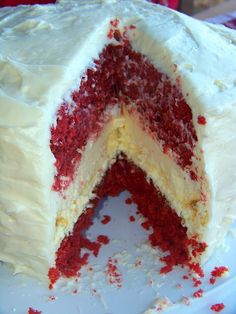 Red Velvet Cheesecake...this looks so yummy. I need a springform pan!