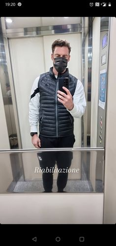 Claudio Marchisio, Soccer Players, Bomber Jacket, Game, Jackets, Fashion, Football Players, Down Jackets, Moda