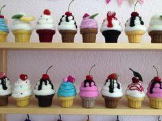 I love these felt cupcakes!  Anleitungen - Tamara Schubert, Filzwerkstatt St…