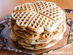 Vafler fra Sjømannskirken i New York Waffles, Food And Drink, New York, Baking, Breakfast, Desserts, Morning Coffee, Tailgate Desserts, New York City