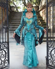 womens evil queen costume on chasing fireflies Halloween Dress, Halloween Outfits, Halloween Costumes, Shrek Costume, Costume Dress, Family Costumes, Girl Costumes, Evil Queen Costume, Halloween Kleidung