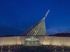 Museum of the Marine Corps. 2nd Saturday of the month is Family Day