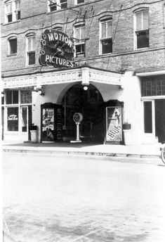 The Daffin Theatre entrance in Tallahassee (1920s). The theater would later be opened as the State Theatre on February 13, 1932. | Florida Memory