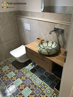 Great guest toilet with colorful Mexican tiles . Great guest toilet with colorful Mexican tiles and sink by Mexambiente Everything handpainted! Mexican Kitchen Decor, Mexican Home Decor, Diy Kitchen Decor, Design Kitchen, Bathroom Styling, Bathroom Interior Design, Ideas Baños, Guest Toilet, Small Hallways