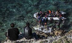 Refugees board dinghy in Turkey