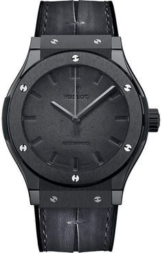 The Classic Fusion Berluti is a unique watch with a lot of character and charm. To create this limited-edition series Hublot teamed up with Berluti. Stylish Watches, Luxury Watches, Cool Watches, Casual Watches, Best Watches For Men, Vintage Watches For Men, Vintage Men, Hublot Watches, Men's Watches