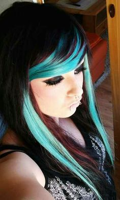"""emo scene hair Totally love this hair color. I am not a fan and/or into the """"scene"""" or """"emo"""" look, but sometimes the hairstyles are really awesome. ❤️<br> blue and black emo scene hairstyle Funky Hairstyles, Pretty Hairstyles, Scene Hairstyles, Wedding Hairstyles, Updo Hairstyle, Hair Rainbow, Color Fantasia, Emo Scene Hair, Grunge Hair"""
