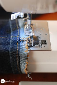 How To Shorten Your Jeans But Keep Their Store-Bought Look! · One Good Thing by Jillee Hemming Jeans, Hem Jeans, Sewing Hems, Zen, Diy Kleidung, Diy Clothes Videos, How To Hem Pants, Extra Fabric, Learn To Sew
