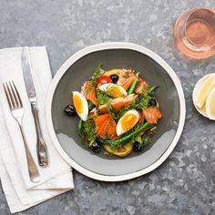 Smoked Salmon Niçoise with Olives and Dill Honey Salmon, Smoked Salmon, Lemon Green Beans, Tomato Relish, Nicoise, Fruits And Veggies, Caprese Salad, Cherry Tomatoes, I Foods