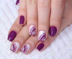 Abuse de sua criatividade, suas unhas merecem o melhor!!! Acesse nosso site e encontre tudo o que precisa para fazer essa linda Nail Art: www.lojadeesmaltes.com.br