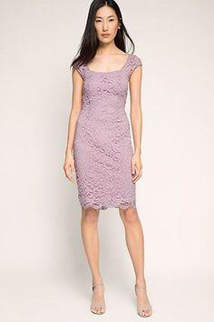 5b0992b66fe8 Elegante Kleider für festliche Anlässe wie Hochzeiten im Esprit Online  Shop  ✓ fließende Chiffon-Kleider ✓ feminine Etuikleider ✓ edle  Spitzenkleider