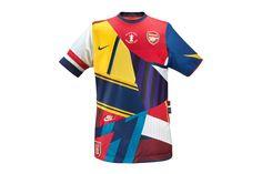 Nike offre un incroyable maillot commémoratif à Arsenal!