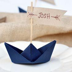 23 kreatywne winietki na stół Paper Boats, Diy Wedding Decorations, Impreza, Vintage Floral, Party Time, Flower Arrangements, Origami, 18th, Wedding Venues
