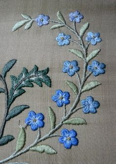 Su's Silks and Shinies: The Wedding Present Embroidery is all finished!