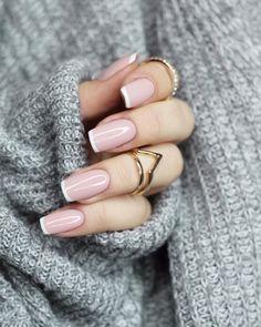 Pin on makeup / hair / nails – Nageldesign – Nail Art – Nagellack – Nail Polish – Nailart – Nails – Nails French Manicure Nail Designs, French Manicure Acrylic Nails, French Tip Nails, Diy Nails, Cute Nails, Pretty Nails, Nail Art Designs, Nail Polish, Nails French Design