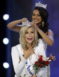 On Sunday Sept. 14 A new Miss America was crowned! Found out more in our blog!    http://www.mydochub.com/blog/index.php/2014/09/15/miss-america-2015-crowned/   #missamerica #mydochub #tagsforlikes #crowned #celebritynews #blog #doubletaps  #likes #doit #congrats #america #missamerica2015 #newyork #sept14