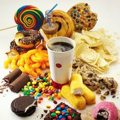 Junk Food's Evil For Your Brain - Busyness is often used as an excuse to give junk food to children. In fact, it's not junk food may backfire for the parents as it related to child health problems later. Whole Foods, Whole Food Recipes, Healthy Tips, Healthy Eating, Healthy Recipes, Stay Healthy, Healthy Foods, Healthy Weight, Healthy Choices