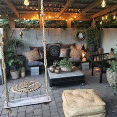 Ideas for backyard patio deck cinder blocks Outdoor Rooms, Outdoor Living, Outdoor Decor, Rustic Outdoor Spaces, Outdoor Areas, Backyard Patio Designs, Backyard Landscaping, Garden Design, Green Sofa