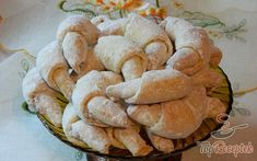 Édes házi kiflik | TopReceptek.hu Snack Recipes, Cooking Recipes, Snacks, Biscuits, Cakes And More, Apple Pie, Ham, Cheesecake, Muffin