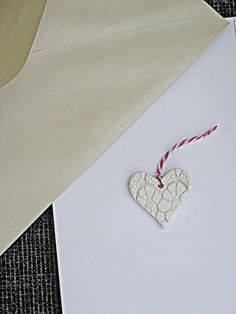DIY Doiley Lace Clay Tags - add to your vintage wedding theme using these as bonbonnieres or place cards