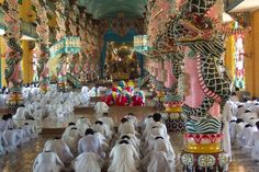 Tip: turn your ringer off in the Cao Dai Temple.