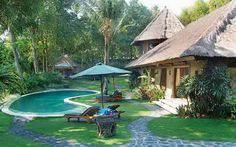 Villa Dadi in Canggu. 550 per night in high season. Why is this one so cheap compared to the others?