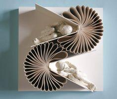 Esculturas com páginas de livros (por Daniel Lai)