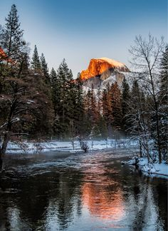 Half Dome Sunset (Yosemite, California) by punahou77