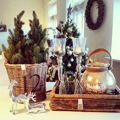 Så er det tid til den 3. Julefrokost god lørdag til alle #shabbyyhomes #inspohome #boligstyling #indretning #homesweethome #xmas #dream_interiorfashion #unikehjem #beautiful_interior #classyinteriors #simonesinterior_and_homedecor #livingroom #jul2014 #rivieramaison #rm