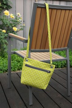 I make a lot of bags for myself, actually, but they don't always make it to the blog. I started out sewing bags, after all, and even though I make far more clothes, I do still enjoy making bags for...